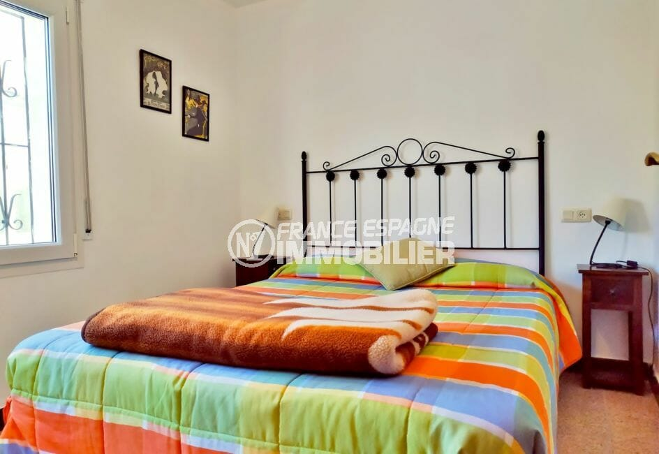 agence immobiliere empuriabrava espagne: villa 79 m², deuxième chambre avec lit double