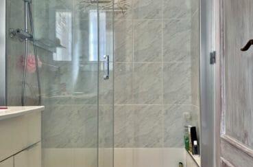 acheter malin costa brava: villa 136 m², salle d'eau avec douche et wc