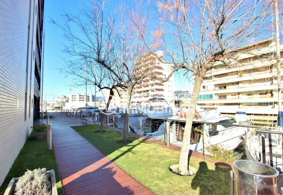 achat appartement a rosas: appartement 63 m², possibilité amarre, vue marina, proche plage