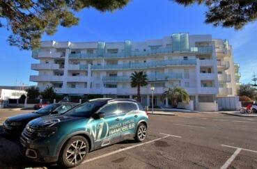 immo center roses: appartement 100 m², résidence de standing, possibilité parking