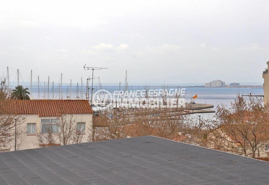 vente appartement rosas, 4 pièces 88 m², terrasse de 15 m² vue mer, plage et commerce à 200 m