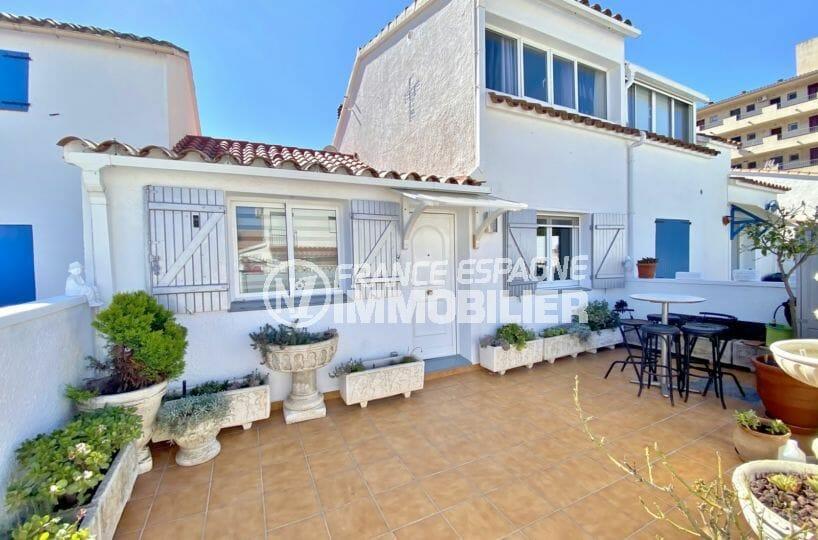 immo roses: vente villa 70 m² avec terrain de 140 m², piscine communautaire, proche plage et commerces