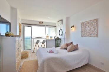 vente appartement empuriabrava, 27 m² avec un salon / séjour et son coin chambre