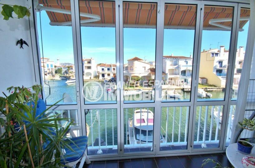appartement empuria brava, 2 pièces 56 m², terrasse véranda avec vue canal