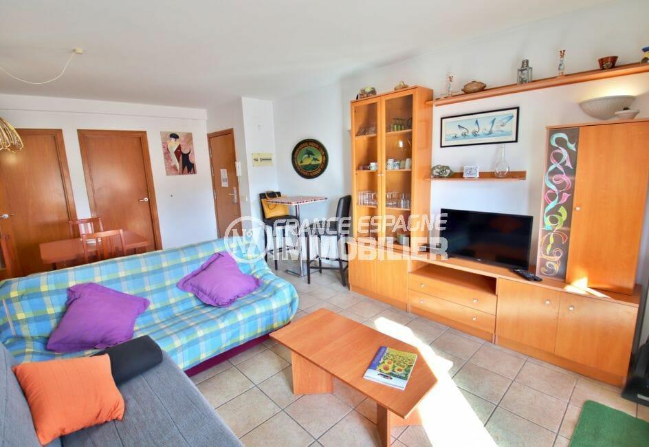 appartement a vendre costa brava, 4 pièces 69 m², séjour avec terrasse de 13 m²