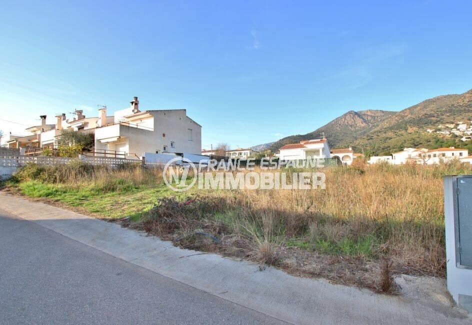 vente immobiliere rosas: terrain constructible de 400 m² exposition sud, secteur résidentiel, 5 minutes de la plage