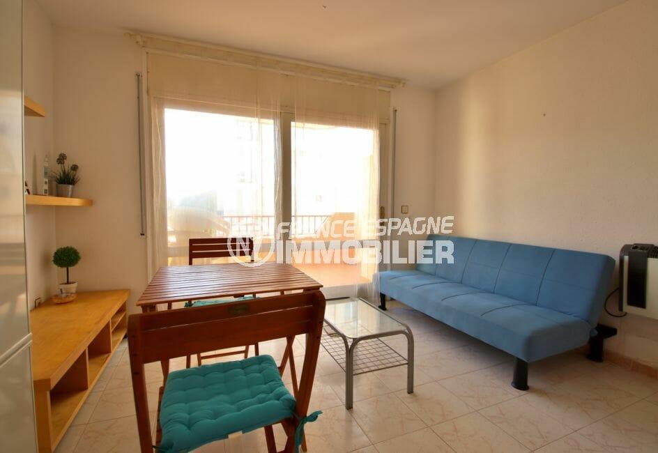 achat appartement espagne pas cher, 43 m² avec son coin repas, terrasse de 6 m²