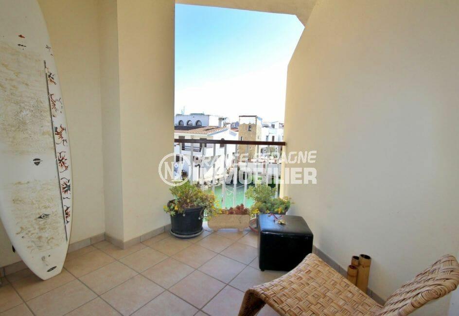 appartement a vendre costa brava, 97 avec une magnifique terrasse avec vue canal