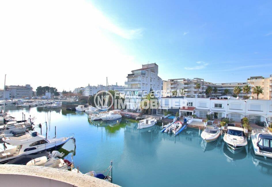 achat appartement rosas, 32 m² avec magnifique vue de la terrasse sur le canal