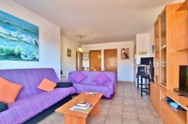 agence immobiliere costa brava: appartement 4 pièces 69 m², grand séjour avec cuisine séparée
