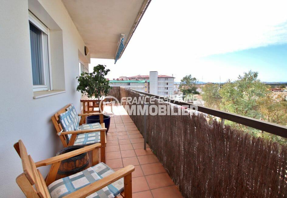 achat appartement rosas, 98 m² avec belle terrasse d'angle de 27 m²