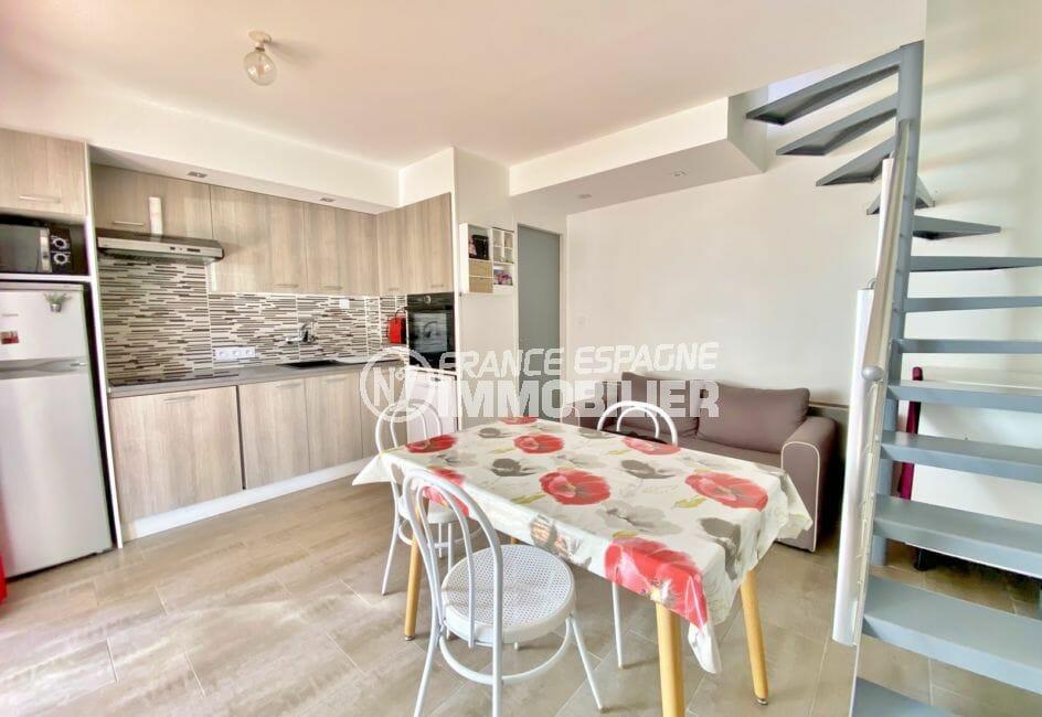 empuriabrava immo: villa 3 pièces 48 m², cuisine ouverte sur le salon