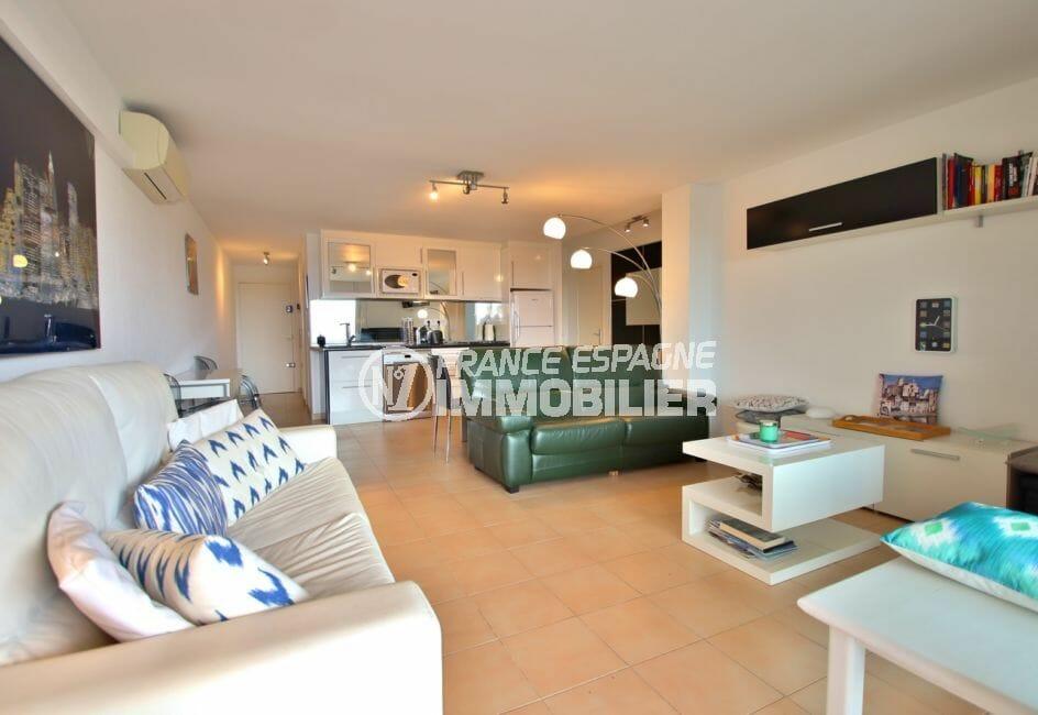 appartements a vendre a rosas, 4 pièces 88 m², salon / séjour avec climatisation