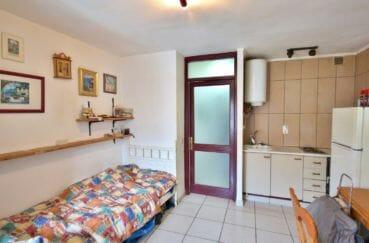 appartement empuria brava, 2 pièces 39 m², canapé lit dans le séjour,  cuisine ouverte
