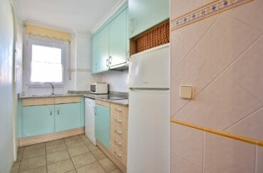 achat appartement rosas, 4 pîèces 69 m², cuisine indépendante aménagée