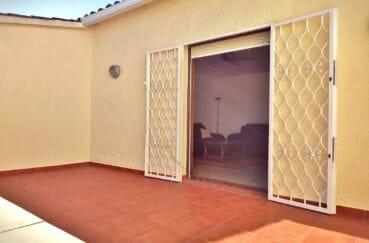 empuriabrava vente maison avec amarre, 168 m², belle terrasse au 1° étage