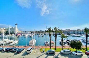 agence immo empuriabrava: appartement 69 m², magnifique vue de la terrasse sur le canal