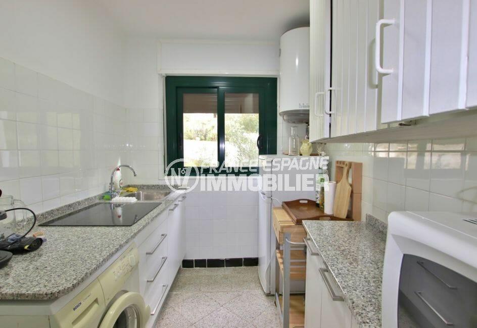 acheter appartement rosas, 72 m² avec cuisine indépendante équipée de nombreux placards