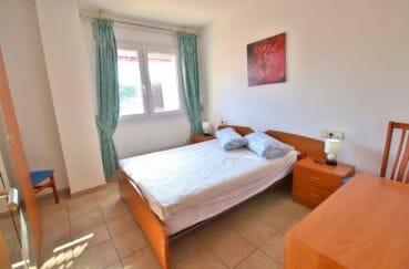 appartement a vendre a rosas, 4 pièces 69 m², 1° chalbre à coucher avec lit double