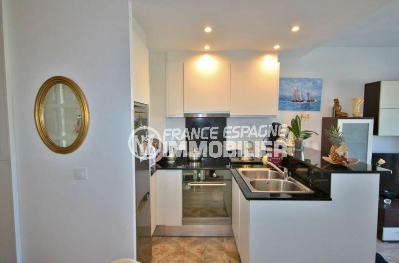 vente appartement empuriabrava, 2 pièces 56 m² rénové avec cuisine aménagée et équipée