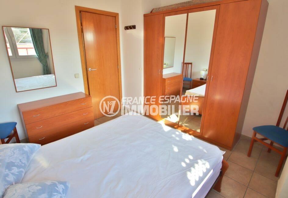 appartement à vendre à rosas espagne, 4 pièces 69 m², 1° chambre, lit double, carrelage