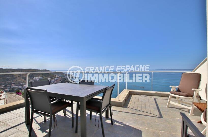 vente immobiliere rosas: villa de 255 m² avec magnifique vue sur la mer, exposition sud