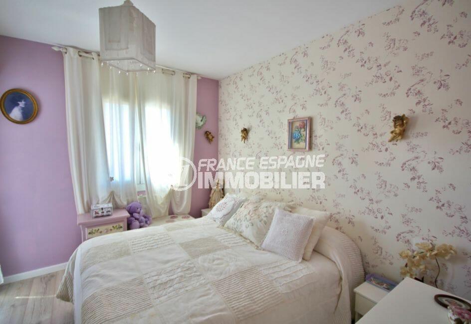 appartement a vendre costa brava, 2 pièces 56 m², chambre à coucher avec dressing et balcon