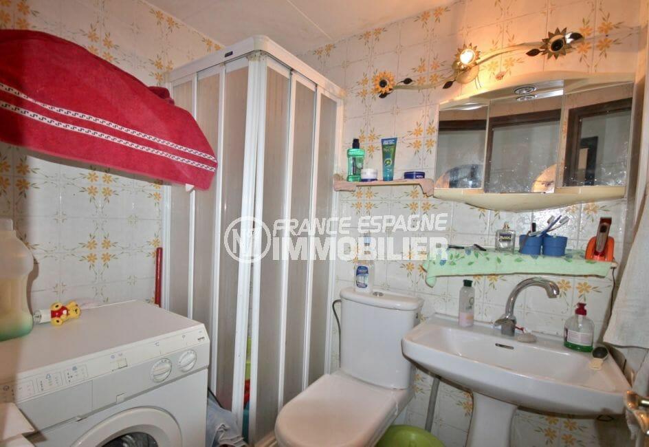 la costa brava: appartement 2 pièces 39 m², salle d'eau avec douche et wc