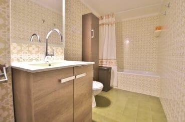 acheter appartement rosas, 5 pièces 108 m², salle de bain dans la suite parentale