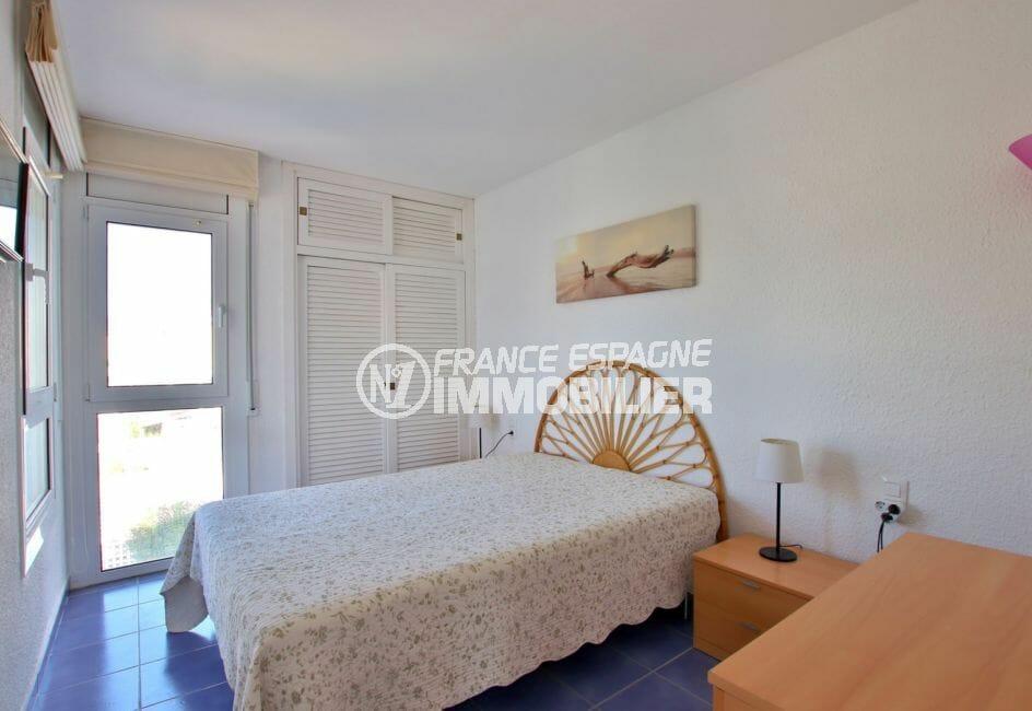 vente immobilier rosas espagne: appartement 32 m², chambre à coucher, armoire / penderie
