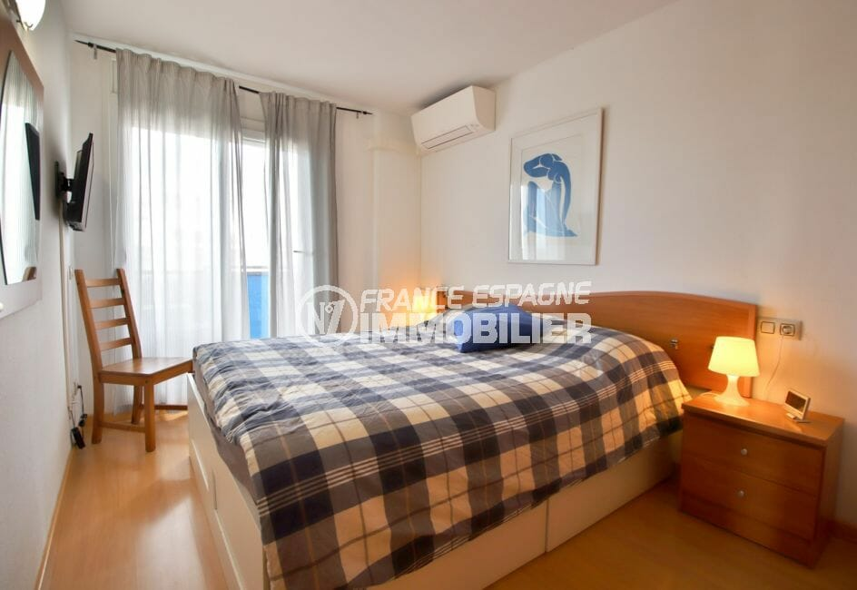 agence immobiliere costa brava: appartement 98 m², 1° chambre, climatisation, lit double