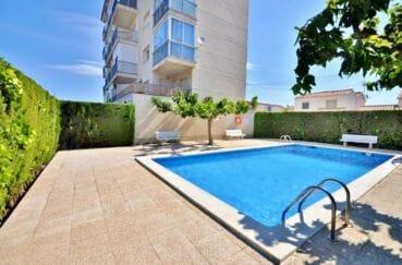 appartement à vendre à rosas espagne, 2 m² dans petite résidence, piscine communautaire