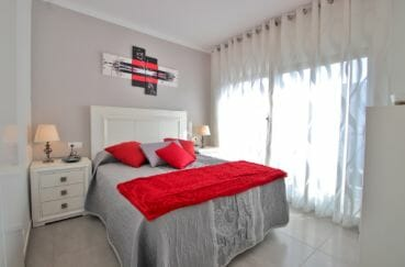 roses espagne: appartement 3 chambres 74 m², seconde des 3 chambres