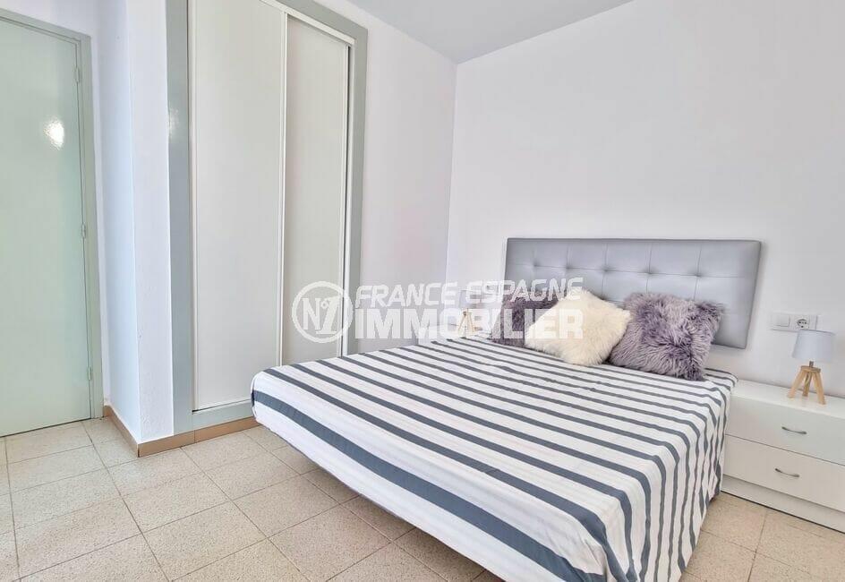 appartement à vendre rosas, appartement 51 m², chambre avec armoire / penderie encastrée