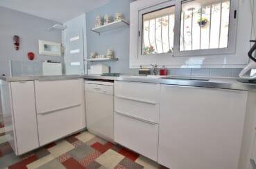 vente maison rosas espagne, villa 4 pièces 100 m², belle cuisine américaine aménagée