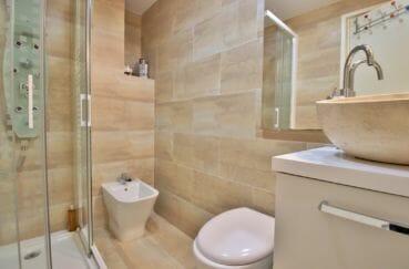 agence immobiliere costa brava: appartement 4 pièces 88 m², 1° salle d'eau, douche hydromassante