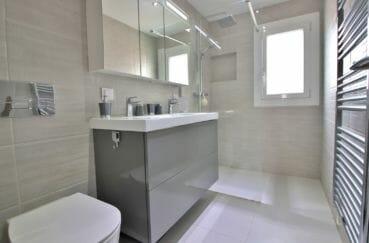 maison a vendre espagne rosas, 76 m², salle d'eau avec douche moderne à l'italienne, wc