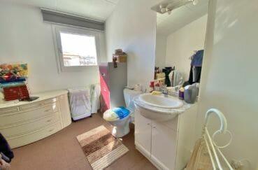 maison a vendre santa margarita espagne, villa 70 m², salle d'eau avec wc, nombreux rangements