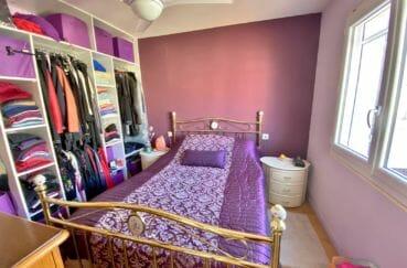 agence immobiliere santa margarita: villa 70 m², 2° chambre avec armoire / penderie
