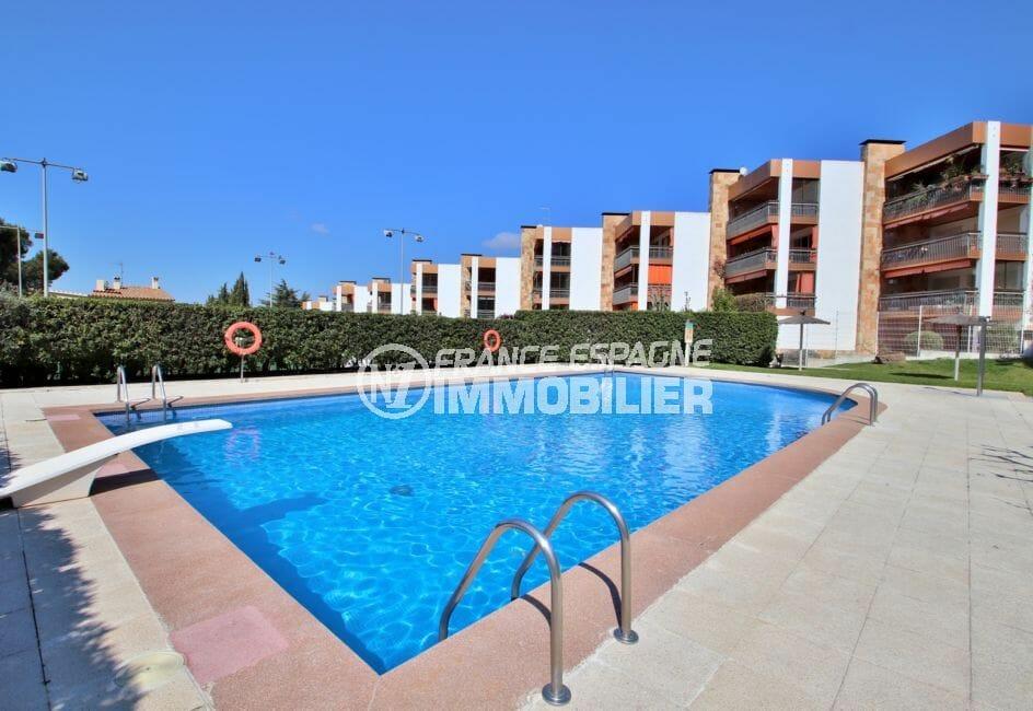 la costa brava: appartement 5 pièces 108 m², piscine communautaire
