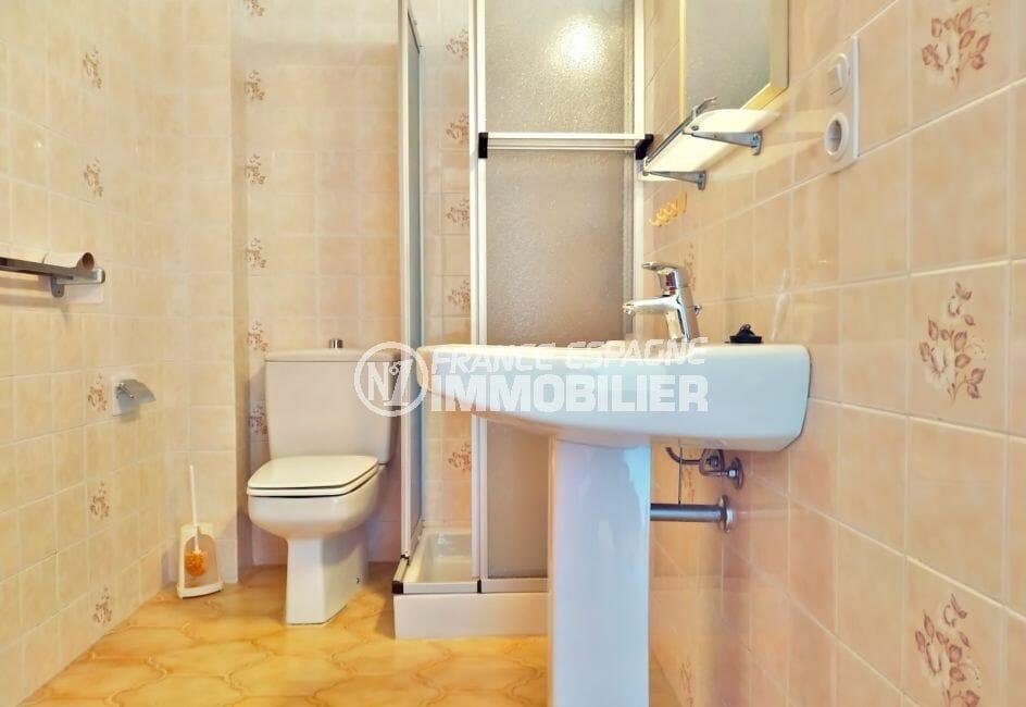 acheter maison empuriabrava, villa 168 m², salle d'eau avec douche et wc