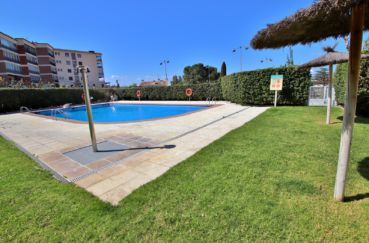 immocenter roses: appartement 5 pièces 108 m², piscine, tennis et jardin communautaire