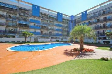 la costa brava: appartement 98 m dans résidence avec piscine communautaire