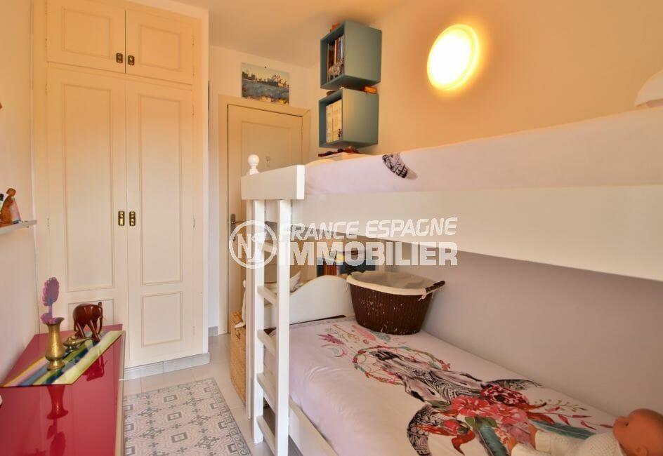 vente maison costa brava, 4 pièces 100 m², 3° chambre avec lits superposes