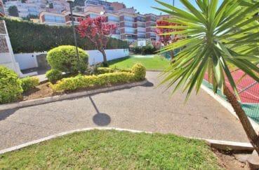 immo center roses: appartement 5 pièces 108 m², jardin communautaire dans la résidence