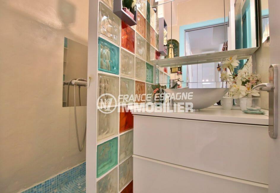 maison a vendre espagne bord de mer, 4 pièces 100 m², 2° salle d'eau avec douche