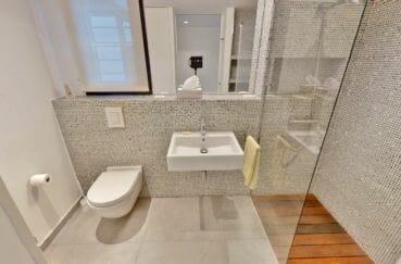 acheter maison costa brava, 235 m², salle d'eau avec douche et wc
