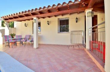 vente immobiliere rosas espagne: villa 294 m² en 3 appartements avec piscine, vue mer