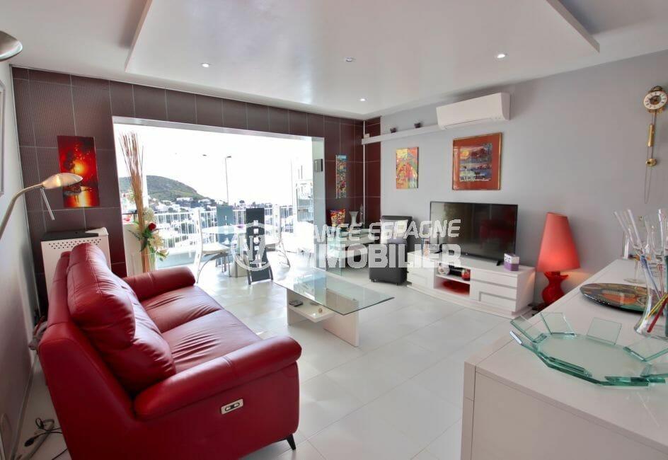 vente immobiliere rosas: villa 4 pièces 100 m², salon / séjour avec climatisation