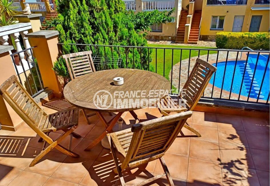 vente maison empuriabrava, 5 pièces 176 m² avec terrasse, piscine communautaire, 300 m de la plage
